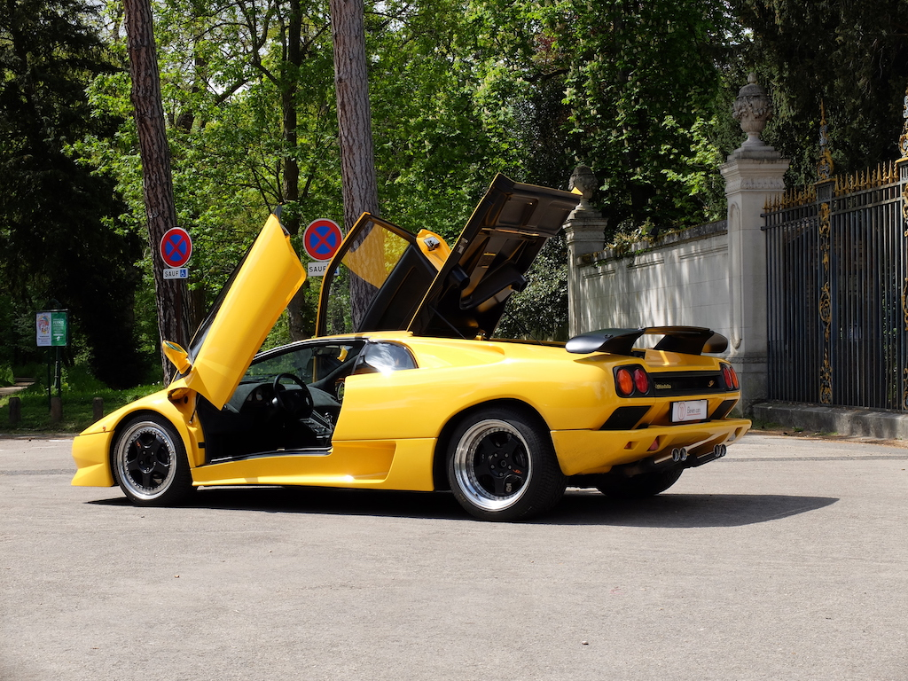 lamborghini diablo sv eleven cars eleven cars. Black Bedroom Furniture Sets. Home Design Ideas